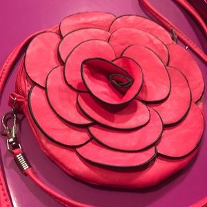 Rosey Valentine Crossover Bag